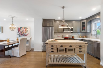 Single Family Townhouse Renovated to Perfection in Hamilton Park